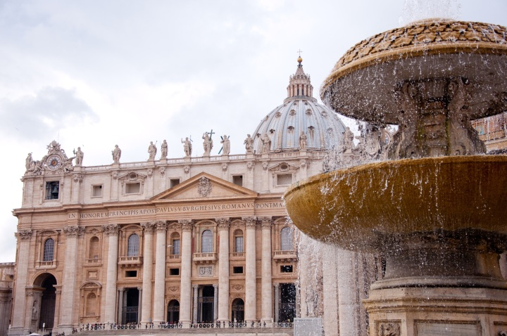 st-peters-basilica-2875093.jpg
